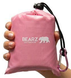 BEARZ Outdoor Beach Blanket/Compact Pocket Blanket 55″x60″, Waterproof Ground Cover, Sand Proof  ...