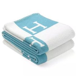 MOS Initial Letter H Cashmere Knitted Throw Blanket for Couch/Chair/Love Seat/Car Camping Blanke ...